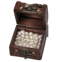 "Treasure Chest with Filling ""Pearls"""