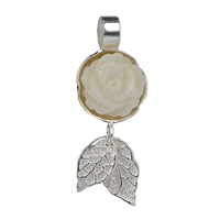 Pendant Rose Mother of Pearl, Leafs
