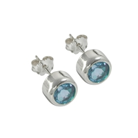 Earpins round Topaz (blue) faceted, 4mm